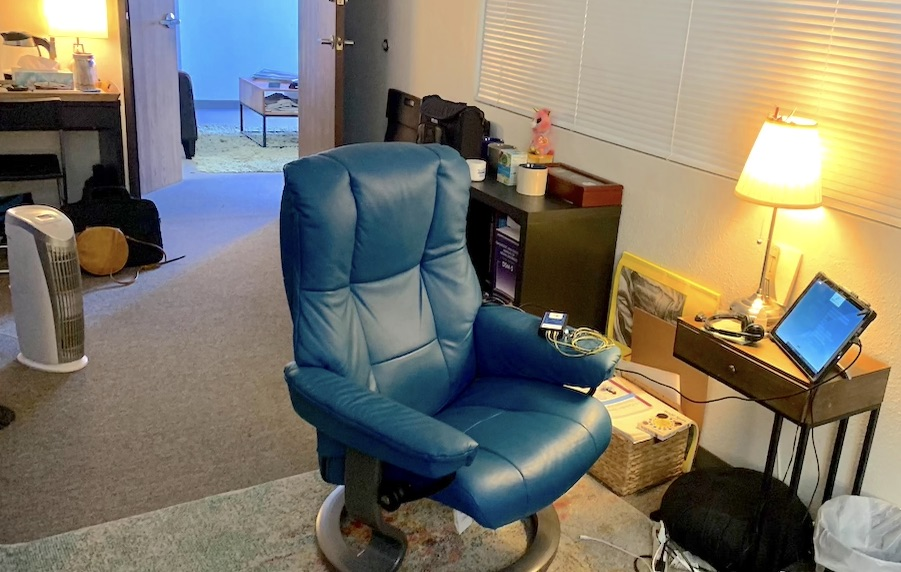 neurofeedback-pasadena-los-angeles-office-room-for-neuroptimal-in-office-sessions
