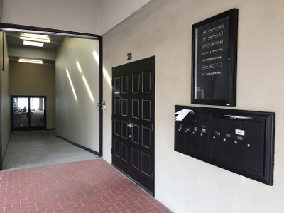 pasadena-office-entrance-28-north-oak-ave